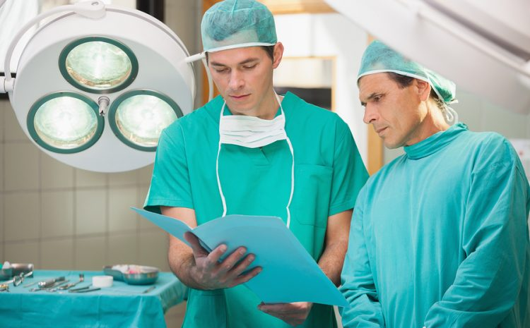 Surgical Tech Schools & Training Programs