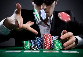 Breaking Online Poker Myths – Gambling