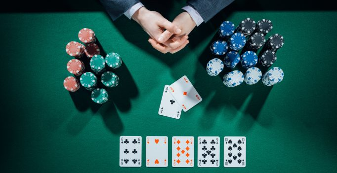 Playing Online Casino Games And The Rules That Follow