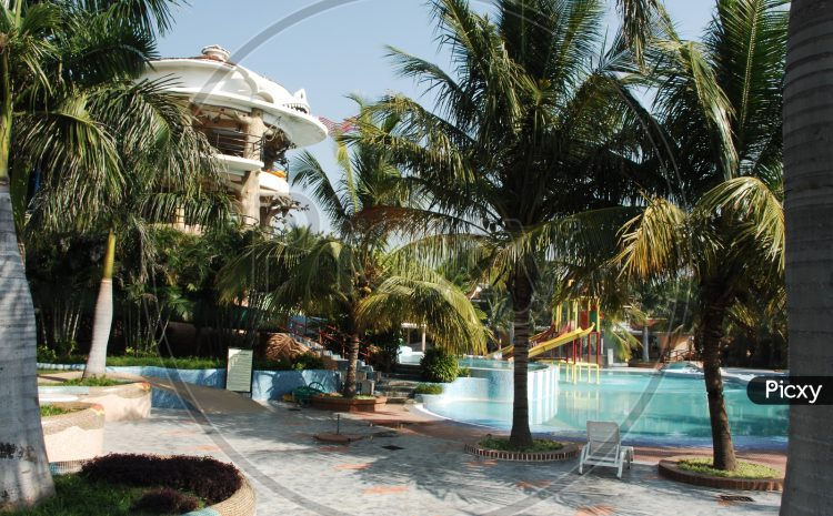 Standard Swimming Pool Building Contractor Guidelines